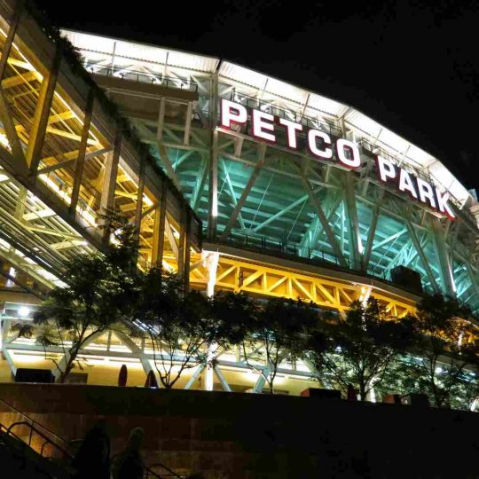 https://residencehotelmajestic.it/wp-content/uploads/2016/03/attractions-petco-park-06-540x540.jpg