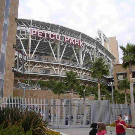 https://residencehotelmajestic.it/wp-content/uploads/2016/03/attractions-petco-park-07-540x540.jpg